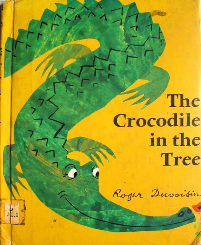 Крокодил в дереве